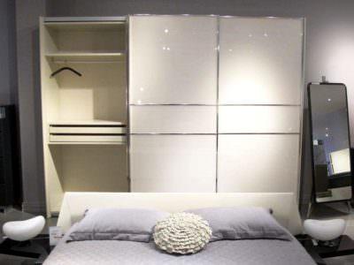 Шкаф-Купе в спальную комнату Подвесная система +Белый Глянец